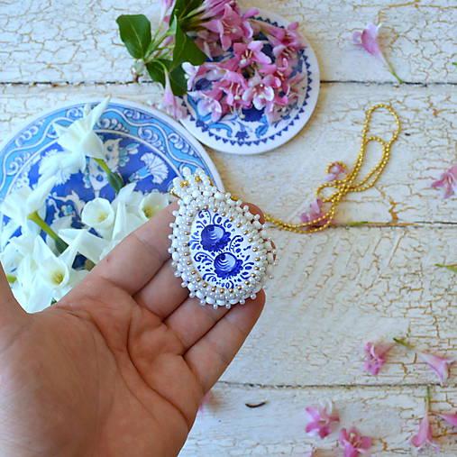 Folklore - šitý náhrdelník