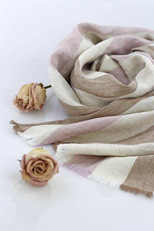 Šatky - Elegantná pásikavá ľanová šatka s koženým remienkom - 9517756_