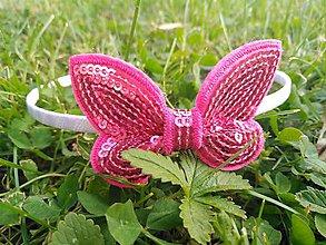 Ozdoby do vlasov - Biela s ružovým motýlikom - 9518302_