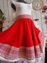 Sukne - FLORAL FOLK - kruhová sukňa s vačkami, krížiková, ako vyšívaná... - 9519827_