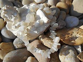 Náramky - white moon stones-náramok - 9522586_