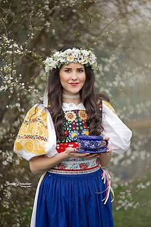 Ozdoby do vlasov - Folk bohato zdobený kvetinový venček - 9519251_