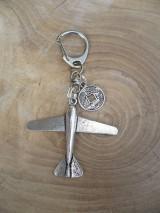 Iné šperky - kľúčenka, prívesok na kľúče lietadlo - 9519447_