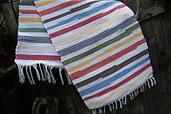 Úžitkový textil - Tkaný koberec pestrofarebný s bielymi pásmi - 9522752_