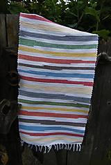 Úžitkový textil - Tkaný koberec pestrofarebný s bielymi pásmi - 9522826_