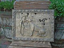 Obrazy - drevorezba - Dievča s pumou - 9525630_