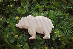 Odznaky/Brošne - Drevená brošňa medveď - 9527004_