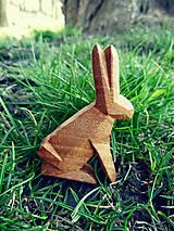 Odznaky/Brošne - Drevená brošňa zajac poľný - 9527080_