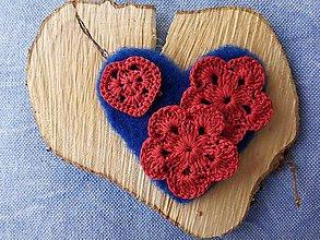 Dekorácie - Plstené srdiečko Blue&Red - 9526878_