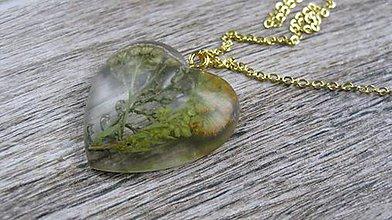Náhrdelníky - Srdiečko s kvietkami - živicový náhrdelník (s myším chvostom č.2081) - 9523902_