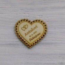 Darčeky pre svadobčanov - Drevená magnetka + menovka 2v1 (samostatná magnetka - väčšia) - 9528869_