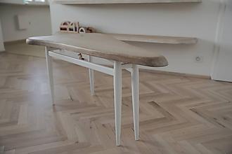 Nábytok - Trojuholníkový konferenčný stolík - 9530832_