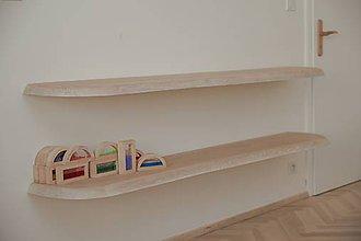 Nábytok - Dlhá drevená polica s neviditeľným uchytením - 9531002_