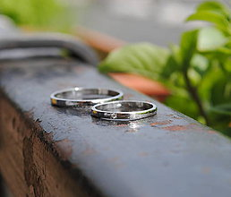 Prstene - Obrúčky s jedným diamantom - 9533341_