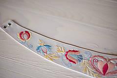 Opasky - Ručne vyšívaný opasok a motýlik ❤️ - 9534113_