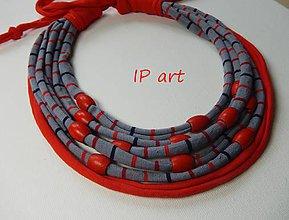 Náhrdelníky - Proužkovaný s červenými korálky - náhrdelník - 9532715_