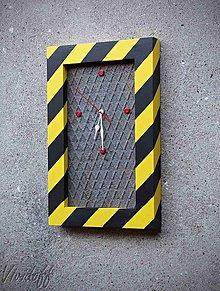 Hodiny - hodiny Industry5 - 9537665_