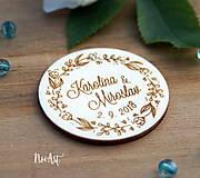 Darčeky pre svadobčanov - Svadobné magnetky kvietkový venček - 9539917_