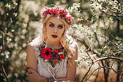 Letný boho kvetinový náhrdelník