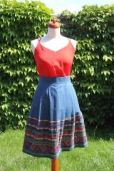 Sukne - Denimová sukňa s vyšívanou bordurou - 9538467_
