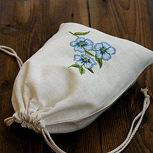 Úžitkový textil - ľanové vrecko s kvetmi - 9539327_