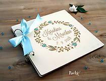Papiernictvo - Svadobná kniha hostí, drevený fotoalbum - venček - 9543260_