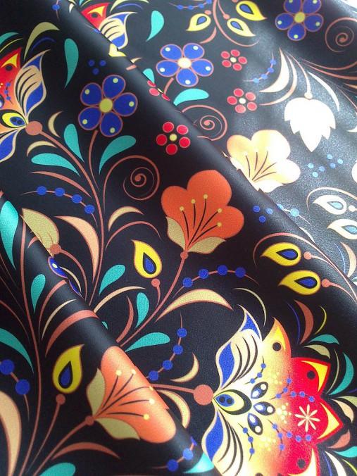 01e02dba4ab3 Saténová sukňa