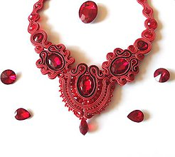 Náhrdelníky - Červeno-čierny šujtášový náhrdelník :) - 9540920_