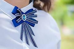 Odznaky/Brošne - Brošňa pod golier Coline - modrá - 9548728_