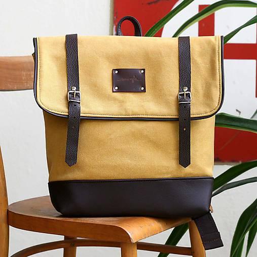 Aktovkový batoh Olivia (žlto-hnedý)