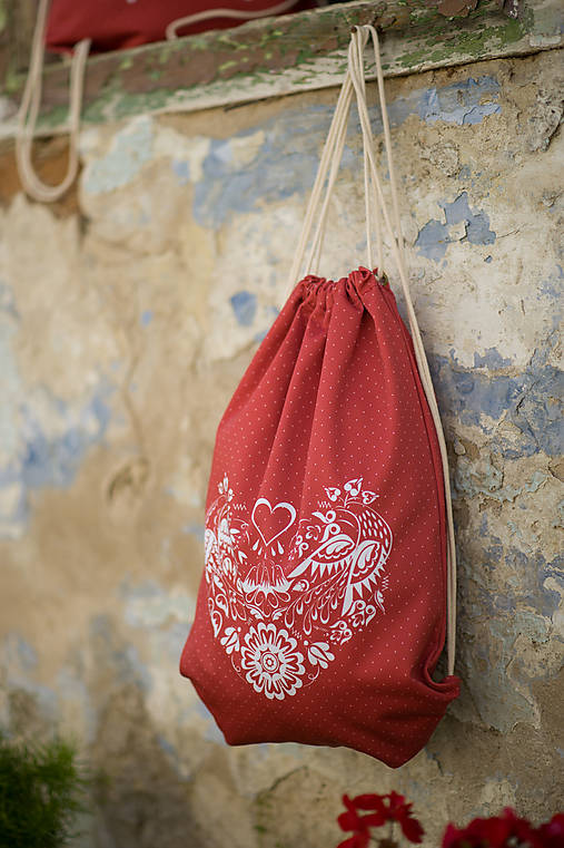 Batohy - červený ruksak so srdiečkom - 9549416_