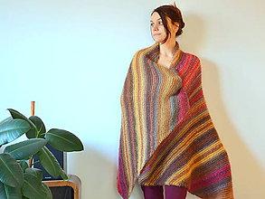 Úžitkový textil - Farebná vlnená prikrývka (pre ňu) - 9554724_