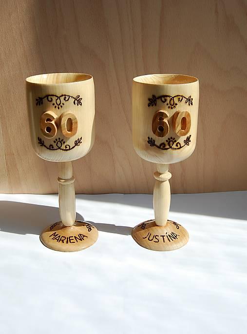 Dekorácia z dreva - Ozdobné kalichy