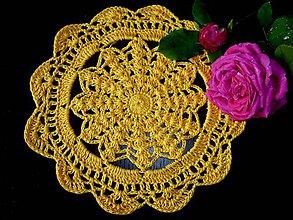 Dekorácie - Háčkovaná dečka-sytě žlutá-1ks - 9554680_