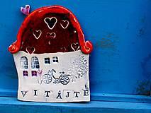 Dekorácie - tabuľka na dom  s nápisom vitajte  červená - 9553634_