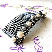 Ozdoby do vlasov - Elegant Beaded Black Silver White Haircomb / Hrebienok do vlasov čierno-šedo-biely /S0010 - 9555330_