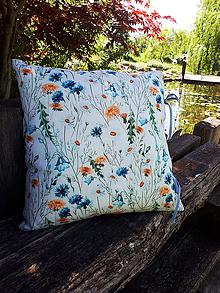 Úžitkový textil - Obliečka na vankúš Bloosoming Flowers - 9557107_