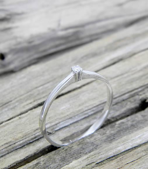 Prstene - 925/1000 Strieborný prsteň s diamantom Večne s tebou - 9563557_