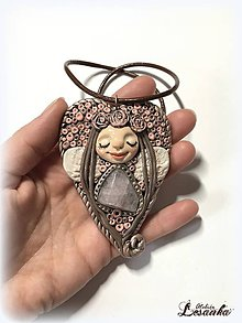 Náhrdelníky - ♥Vílí amulet s ruženínom♥ - 9562472_