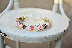 - Nežný venček z drobných ružičiek - 9559980_