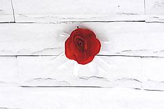 Pierka - Pierko pre ženícha červená ruža - 9561500_