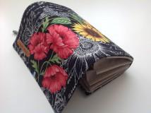 Peňaženky - Peňaženka - rozkvitnutá záhrada s kľúčenkou - 9559830_