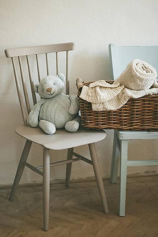 Stolička - predaná