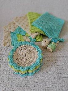 Úžitkový textil - Pletené uteráčiky v modrom a háčkované podšálky. - 9564655_