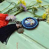 Kľúčenky - S vážkou n.2 - vyšívaný střapec na kabelku - 9567163_