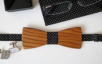Doplnky - drevený motýlik Klasik bodkovaný - 9567392_