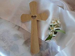 Dekorácie - Krížik so srdiečkom 3 - 9565544_
