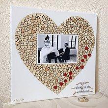 Obrázky - Srdiečkové srdce s fotkou 30x30cm (+ červené srdiečka na výročie) - 9566455_