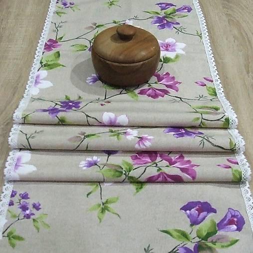Jarný s fialovou - stredový obrus 135x38