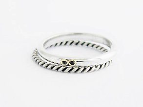 Prstene - 585/1000 zlatý detail na 925/1000 striebornom komplete prsteňov - 9567749_